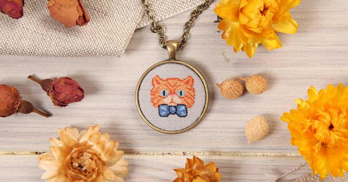 Cross stitch jewelry tutorial